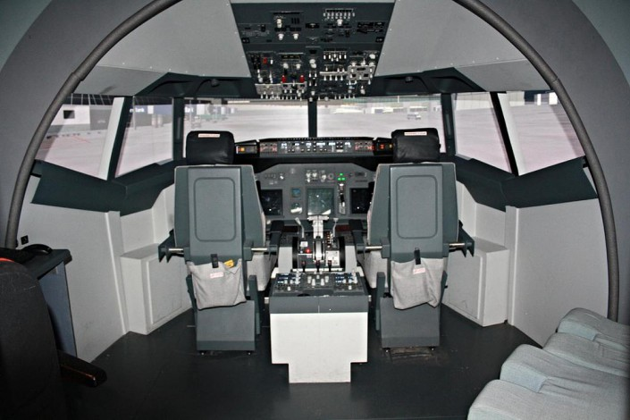 Boeing 737NG Full Simulator Our fixed based 737 Flight