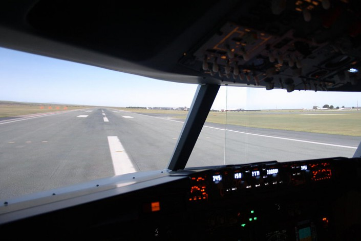 Realistic Visuals, Dublin airport Our instructors are 737 airline