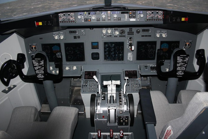 B737-800 Efis Map mode We also run fear of flying courses